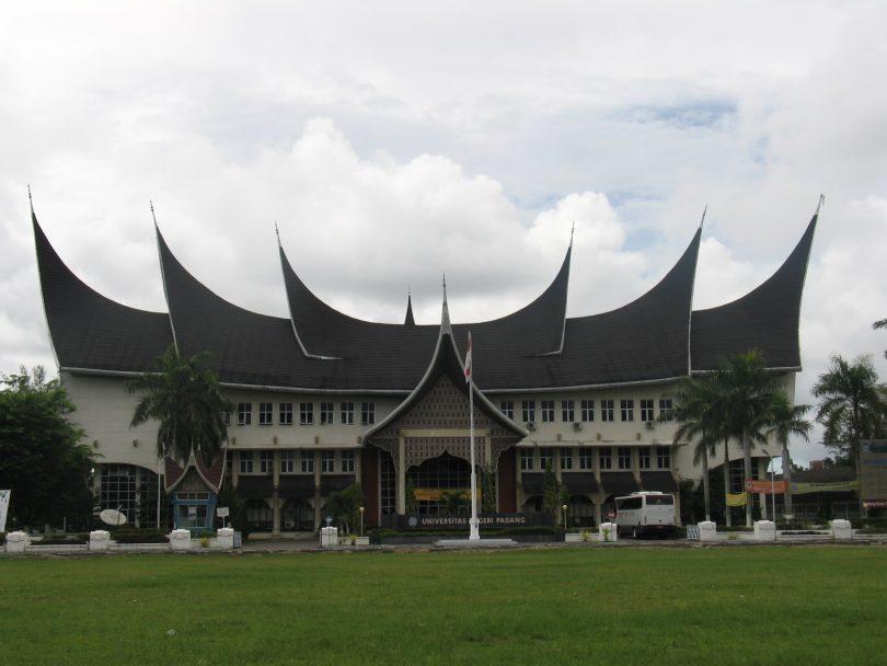 Akreditasi Program Studi UNP Padang