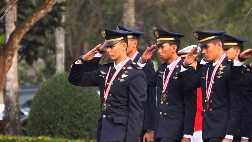 STPI - Sekolah Tinggi Penerbangan Indonesia - Jurusan Program Studi Pendaftaran Biaya Foto Seleksi Tahapan Tes